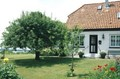 HH-Blankenese Brahms house<br/><p class=&quot;copy&quot;>Uploaded by <a href=&quot;/user/10&quot;>Ed Tervooren</a> [© Copyright may apply] — Classical Composers Database</p>